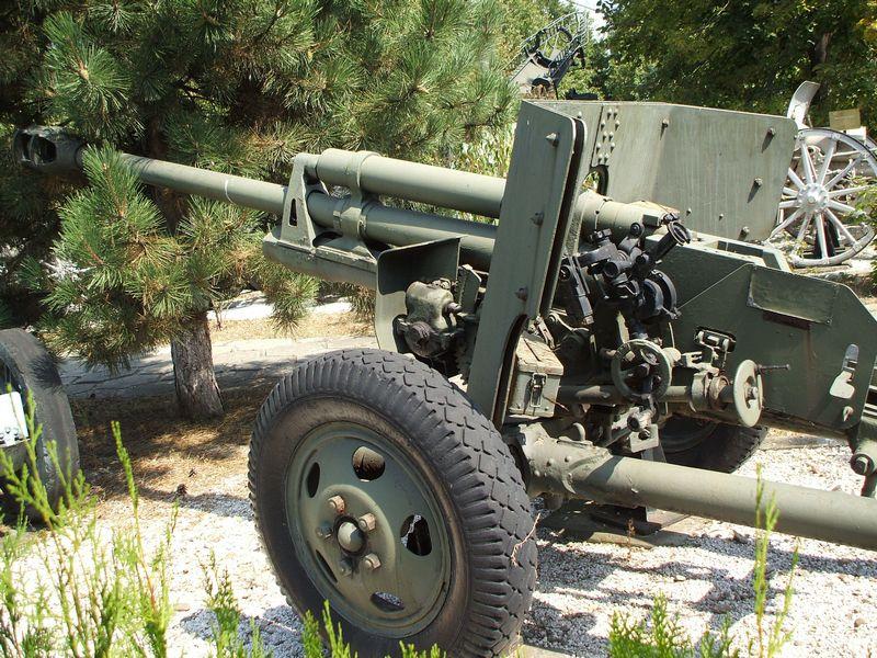 75 mm Reșița Model 1943